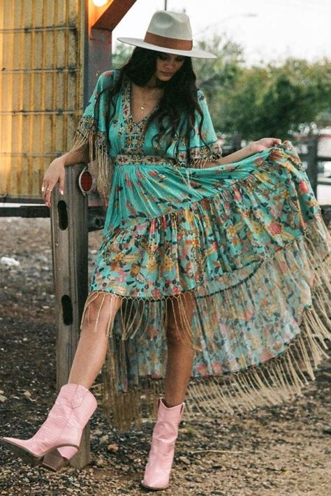 Cowgirl Dresses, Cowgirl Outfits, Chic Outfits, Fashion Outfits, Dresses With Cowboy Boots, Summer Outfits, Western Outfits Women, Women's Western Clothing, Country Western Dresses