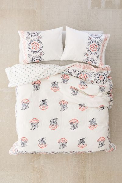 Eshani Block Print Seersucker Duvet Cover Duvet Covers Bedroom Comforter Sets Duvet Covers Urban Outfitters
