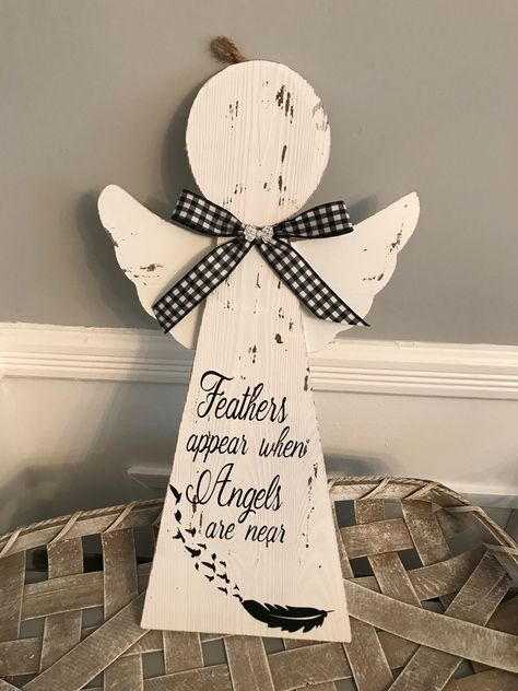Rustic Wood Crafts, Primitive Wood Crafts, Rustic Wall Decor, Wooden Crafts, Primitive Stitchery, Primitive Patterns, Christmas Wood Crafts, Christmas Angels, Christmas Projects
