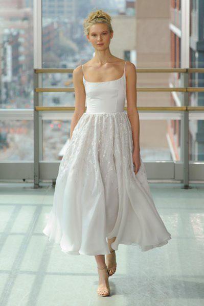 Die Schonsten Kurzen Brautkleider Zeigen Sie Bein Auf Ihrer Hochzeit Brautkleid Kurz Brautkleid Schone Brautkleider