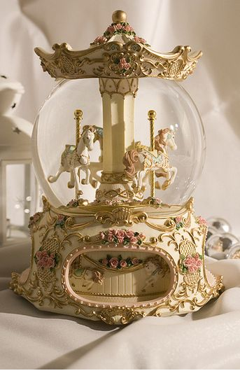 Both the carousel and the snow globe want it in a combination ! Both the carousel and the snow globe want it in a combination ! Water Globes, Princess Aesthetic, Belle Aesthetic, Aesthetic Dark, Carousel Horses, Aesthetic Vintage, Merry, Fancy, Creative