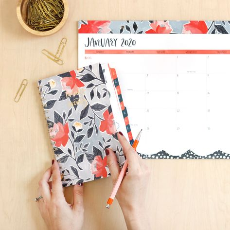 At-A-Glance One Canoe Two 2020 Fashion Calendar Planner Weekly Pocket Floral