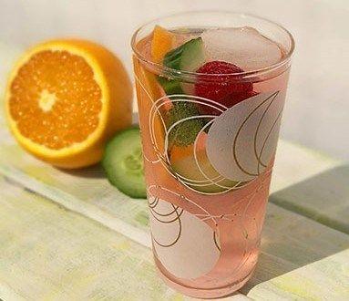 كأس الصيف 2020 أفضل طريقة عمل كوكتيل فواكه صحي منزلي Mocktails Summer Mocktail Recipes Summer Cups