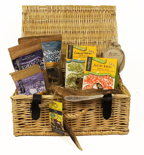 Antler Luxury Gift Hamper for Dogs - Save 15% at www.puddlepetcare.co.uk