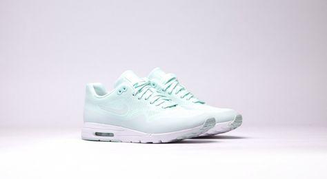 Nike Air Max 1 Ultra Moire Womens Running Shoes FiberglassWhite
