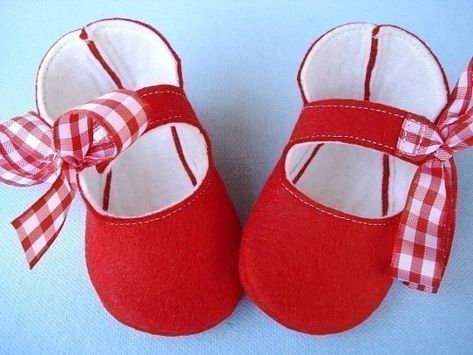 5fb6cd842609f SALE - PDF ePATTERN - Precious Kitty Baby Booties - Shoes Sewing ...