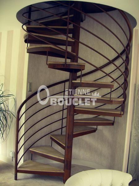 Escalier Colimacon Rond Finition Vieillie Fabrication Dans