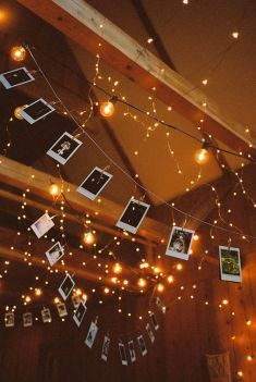 This is one of the fairy lights bedroom ideas that is perfect to hang pictures with. #fairylights #stringlights #bedroomlights