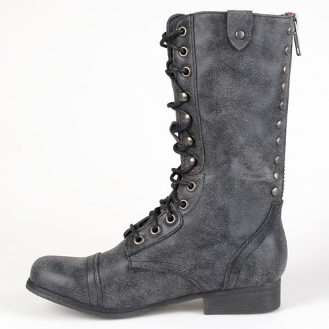 07eaa419a76 Amazon.com  Madden Girl by Steve Madden Womens Round Toe Combat Boots  Shoes