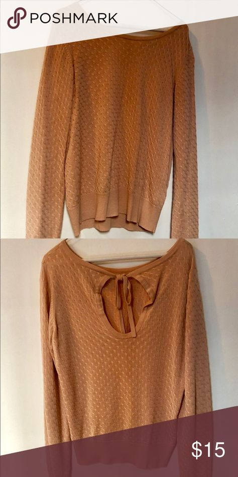 Sweater shirt Dusty rose sweater shirt with rubbing pattern Sweaters Crew & Scoop Necks