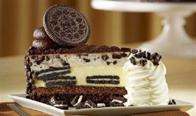 تشيز كيك الاوريو بخطوات سهلة وسريعة تشيز كيك الوريو والطعم الرائع المقادير 2 كوب حليب سائل National Cheesecake Day Yummy Cheesecake Cheesecake Factory