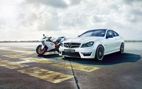 Image Ducati Mercedes-Benz c63 amg 848 White motorcycle
