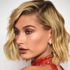 Die Trend Frisur Tob An Hailey Baldwin In 2020 Kurze Blonde Frisuren Blond Ombre Kurze Blonde Haare
