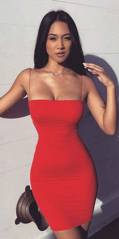 Find Sexy Valentine Dresses and Valentine Clothes. Discover Cute Valentines Day Outfits for Perfect a Perfect Valentine Day.