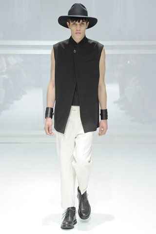 Fashion Collection 2011 Dior Homme
