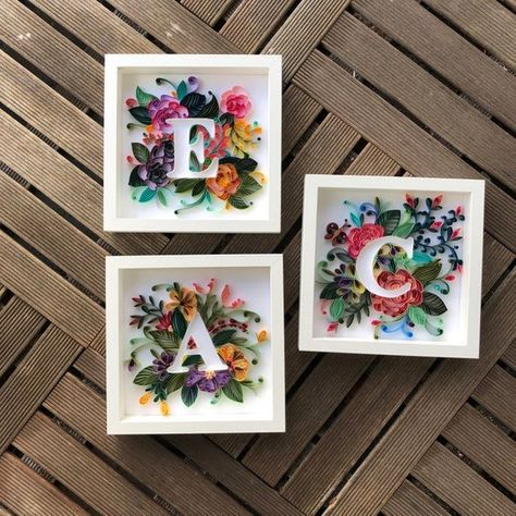 These beautiful wall frames are decorated with quilled letters and nature. This quilling card/frame is handmade by me with lots of love and patience. This card is sure to be treasured as a keepsake forever. Item measurements: Deep Frame size: 9x9 (23 x 23 cm) The card/frame is