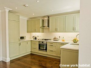 How About A Real Full Size Kitchen Where You Can Try Yourself At British Cuisine During Your Next Trip To London On Fancy Kitchens London Apartment Apartment