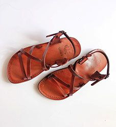ec7f16581 Jesus sandals strappy model for women by TheHolylandstuff on Etsy Strappy  Sandals