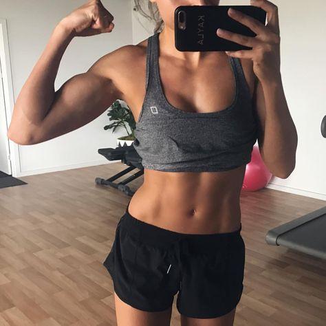 Kayla itsines women to watch in 2019 мотивация, фитнес, спорт. Sport Motivation, Video Motivation, Fitness Motivation, Motivation Pictures, Body Inspiration, Fitness Inspiration, Oufits Casual, Kayla Itsines, Fitness Goals