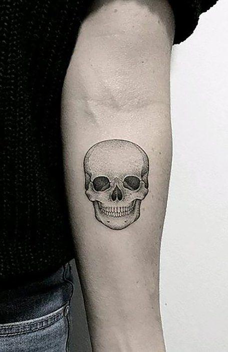 25 Simple Tattoos Ideas For Men In 2020 Skull Tattoos Simple Tattoos Skull Tattoo