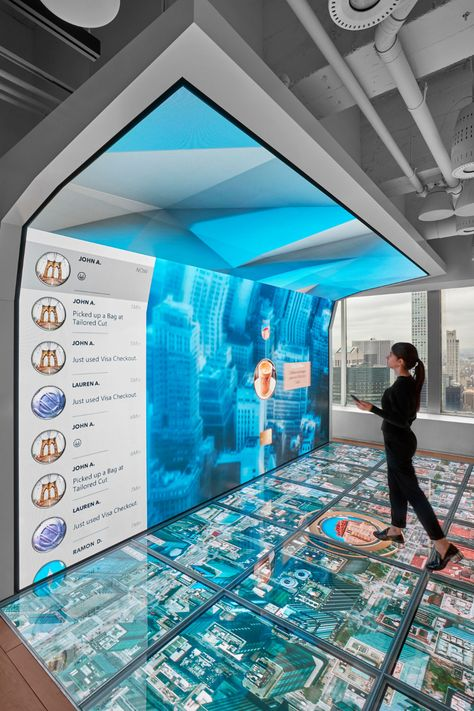 From Briefing to Experience, Designing Today's Customer Experience Center Interactive Exhibition, Interactive Walls, Interactive Display, Interactive Installation, Interactive Design, Futuristic Technology, Futuristic Design, Futuristic Architecture, Technology Gadgets