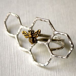 Honey Bee Knuckles Ringnow featured on Fab. http://fab.com/g6zo7r-t via @Fab