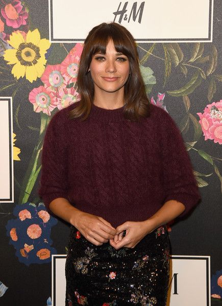 Rashida Jones attends the H&M x ERDEM Runway Show & Party at The Ebell Club of Los Angeles.