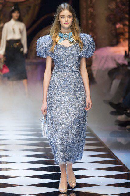 366262a638 Dolce & Gabbana Fall 2016 Ready-to-Wear Fashion Show | 2016 autumn ...