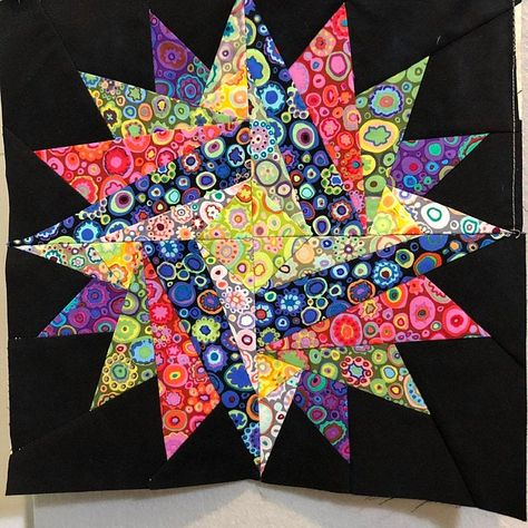 Star Quilt Blocks, Star Quilts, The Block, Paper Pieced Quilt Patterns, Pattern Paper, Paper Patterns, Millefiori Quilts, Millefiori Quilt Pattern, Celtic Quilt