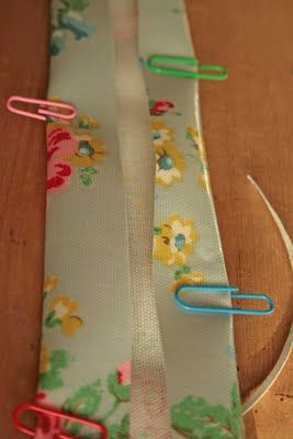 Tips for sewing with oilcloth - xhttp://moogsmum.blogspot.com.au/2009/12/moogsmums-top-tips-for-sewing-oilcloth.html