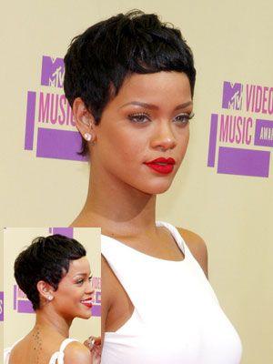Rihanna With Short Hair Short Hair Styles Rihanna Hairstyles Pixie Haircut