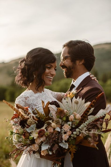 elopement inspiration, dried florals #elopementbouquet #elopementinspiration #bohoelopement #bohowedding #mountainelopement #moroccanstyling #moroccanelopement #elopealberta #fallelopement… More