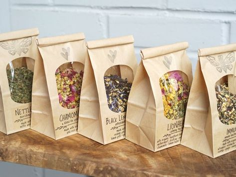 Best herbal tea is one that helps us with our health problems and makes us feel good. Spices Packaging, Tea Packaging, Food Packaging Design, Jasmine Rose, Organic Herbal Tea, Peppermint Tea, Tea Benefits, Tea Blends, Granola