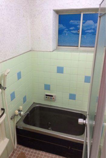 浴室 バスルーム お風呂場 のビフォーアフター Diyリフォーム事例集 金のなる木で大家生活 2020 お風呂 リフォーム モルタル壁 浴室 壁
