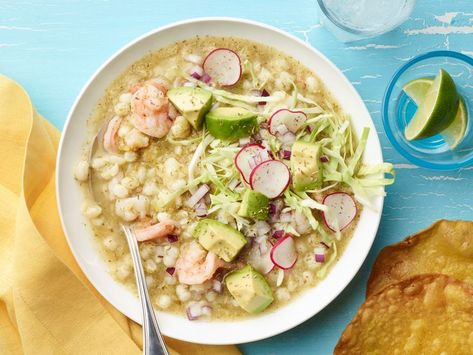 Recipe of the Day: Pozole Verde with Shrimp 🍤 Pozole comes in the three colors of the Mexican flag: green, white and red. But this pozole verde just might take the cake with its complex broth made with pumpkin seeds, cilantro and tomatillo. This green variation tastes like it was cooking for hours and hours but comes together much quicker.