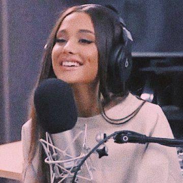 Ariana Grande Smiling, Ariana Grande Baby, Ariana Grande Pictures, Coachella, Ariana Grande Wallpaper, Dangerous Woman, Her Smile, Look At You, Justin Timberlake