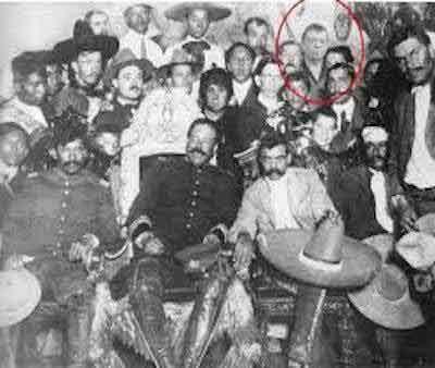 Memes De Chabelo Chabelo Junto Con Los Revolucionarios Emiliano Zapata Y Compania Revolucion De Mexico Revolucion Mexicana Historia De Mexico