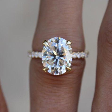 3 Karat Oval Moissanite Diamant Versteckt Halo Etsy Gold Gemstone Ring Pink Sapphire Ring Engagement Rose Gold Engagement Ring Vintage