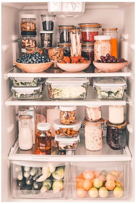Kitchen Organization Pantry, Home Organisation, Healthy Fridge, Kitchen Dining, Kitchen Decor, The Home Edit, Pantry Design, Küchen Design, Home Deco
