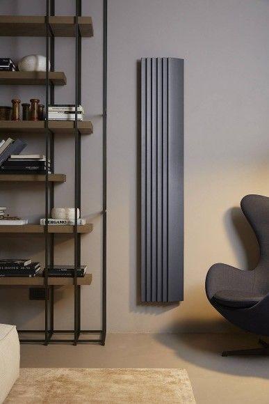 Flach Und Energieeffizient Der Heizkorper Step By Step Von Alberto Meda Design Heizkorper Moderne Heizkorper Wohnzimmer Design
