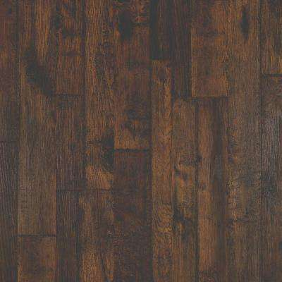 Outlast Somerton Auburn Hickory 10mm Thick X 7 1 2 In Wide X 47 1 4 In Length Laminate Flooring 19 63 Sq F With Images Pergo Outlast Laminate Flooring Pergo