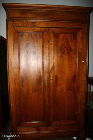 armoire ancienne en merisier armoire