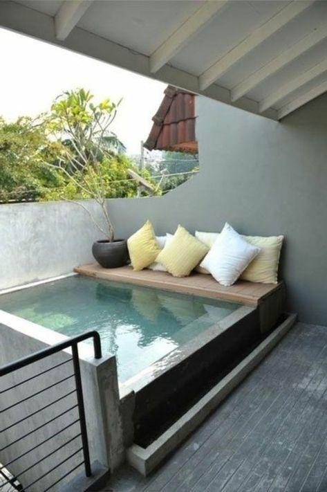 Vous avez un Jacuzzi gonflable u003cbr  u003eVous trouvez son look - piscine hors sol beton aspect bois