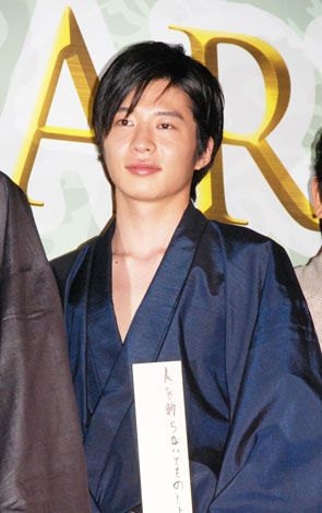 田中圭の画像 写真 小栗旬 主演映画記者会見に 坊主頭 で登場も ドラマのため 105枚目 田中 圭 小栗旬 映画