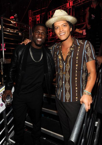 ¿Cuánto mide Bruno Mars? - Altura - Real height 4b37c904eab67cad3dfe5af2c052b005--kevin-hart-kevin-oleary