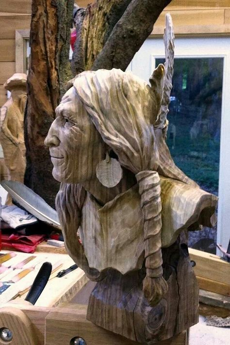 Amazing Wood carving. Huuuuuummm. wont say a word. I'm just staring at him.