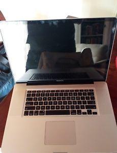 Apple Macbook Pro 17 Laptops Technology Tech Electronics Computers Gadget Gadgets Instatech Techy Techie Geek Photooft Homescreen Cute Screen Savers Metal Screen Doors