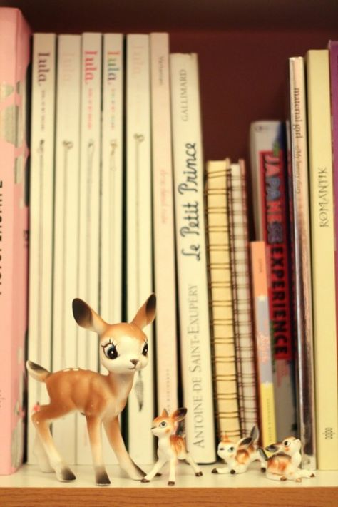 I had a collect of the tiny deer statues when I was little, but with moving so much the packers lost my collection ~bummer