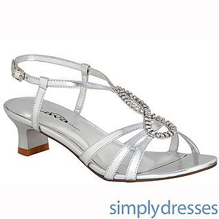 17 best Shoes images on Pinterest | Shoes, Silver sandals and ...