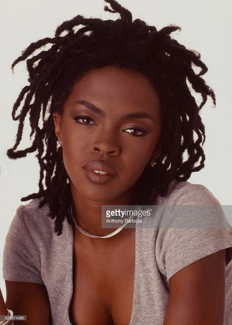 Portrait of American pop and rhythm & blues musician Lauryn Hill as she poses against a white background, Get premium, high resolution news photos at Getty Images Black Women Art, Black Girls, Locs, Ms Lauryn Hill, Hyung Tae Kim, Lauren Hill, Meagan Good, Black Girl Aesthetic, Rhythm And Blues